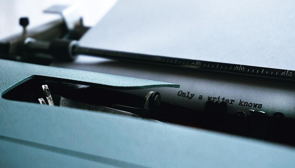 menulis untuk menemukan hal baru